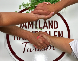 Handslag JHT Anne Adsten