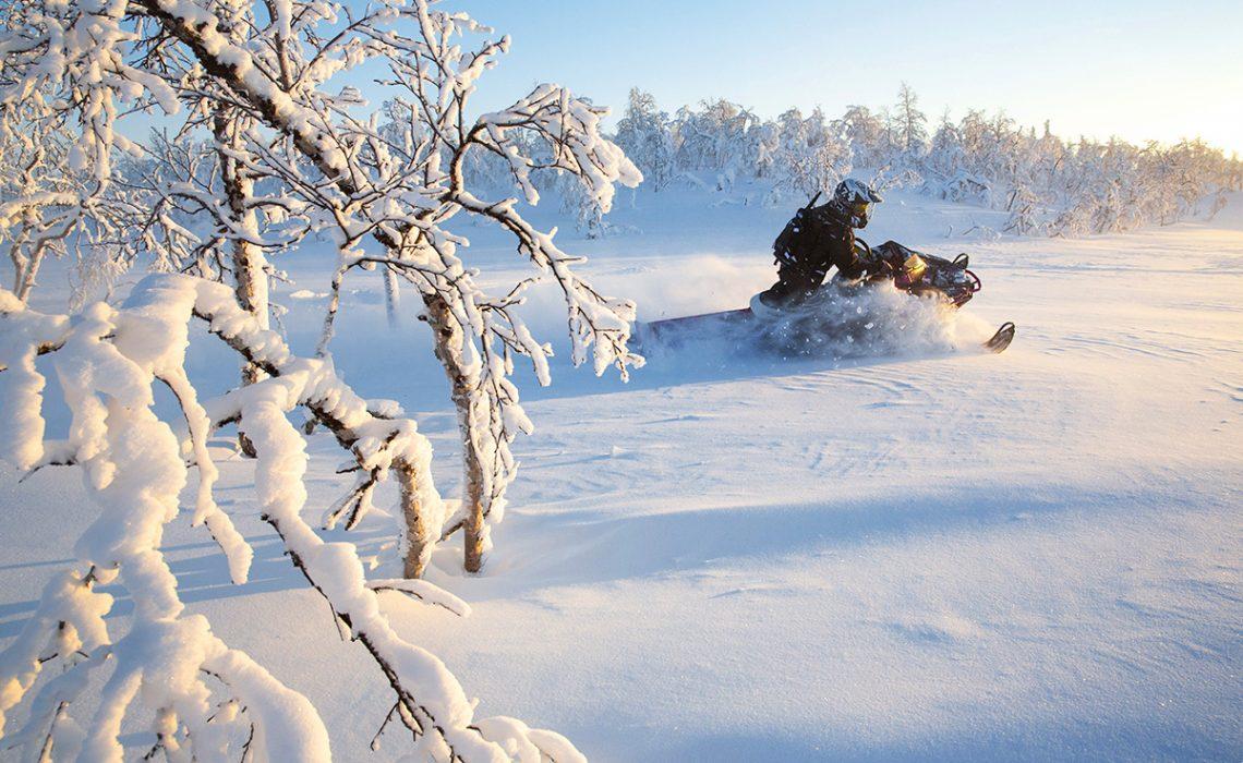 Snöskoter vinter Hans Wärdell