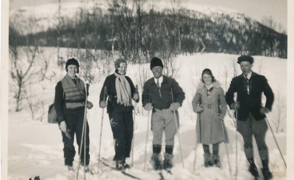 Skidåkare i Bakvattnet 1940-tal Foto Okänd